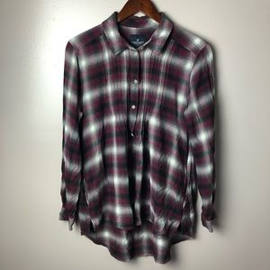 American Eagle Flannel Button Down Size Large